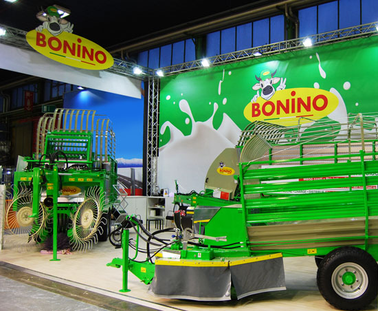 Bonino-stand-fiera-Eima-Exhibition-Machines-agricoles-salon-puesto-feria-Messestand