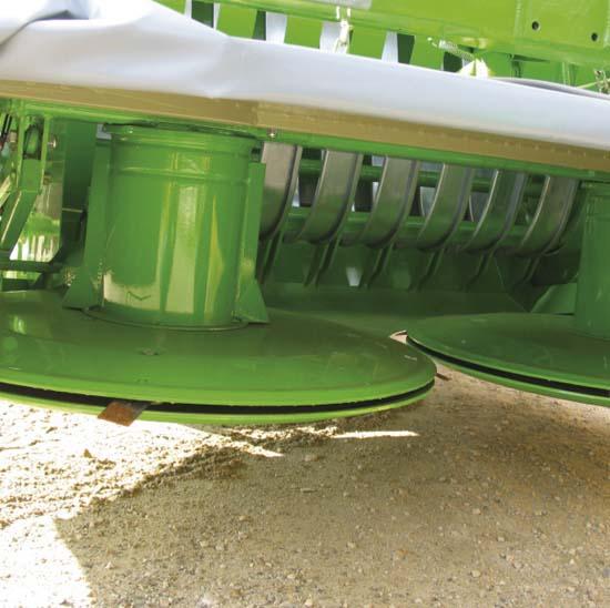 Falcia-autocaricante-Bonino-barra-falciante-215-cm-self-loading-grazer-wagon-drum-mower-faucheuse-autochargeuse-barre-de-coupe