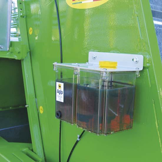 Falcia-autocaricante-Bonino-lubrificazione-automatica-self-loading-grazer-wagon-automatic-oiler-faucheuse-autochargeuse-lubrification-automatique