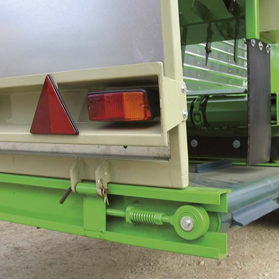 Falcia-autocaricante-Bonino-Venere-Giunone-tappeto-con-tenditori-self-loading-moving-machine-tow-conveyor-belt-control-tension-device-faucheuse-autochargeuse-convoyeur-avec-poulies